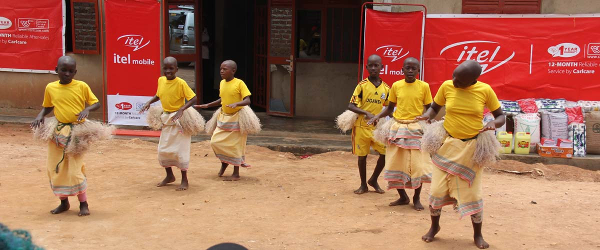 Uganda orphans dance to entertain their visitors