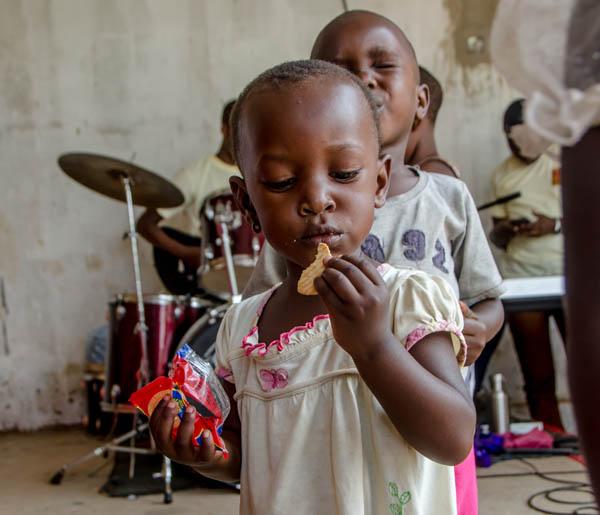 orphans-in-Uganda.jpg